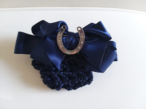 "Hairnet with clip and Brooch"" Horse Shoe"""