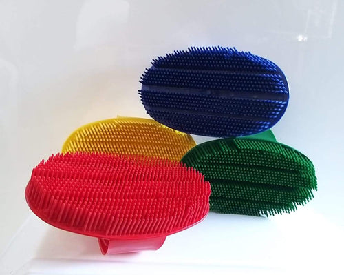 Curry Comb Sarvis Plastic