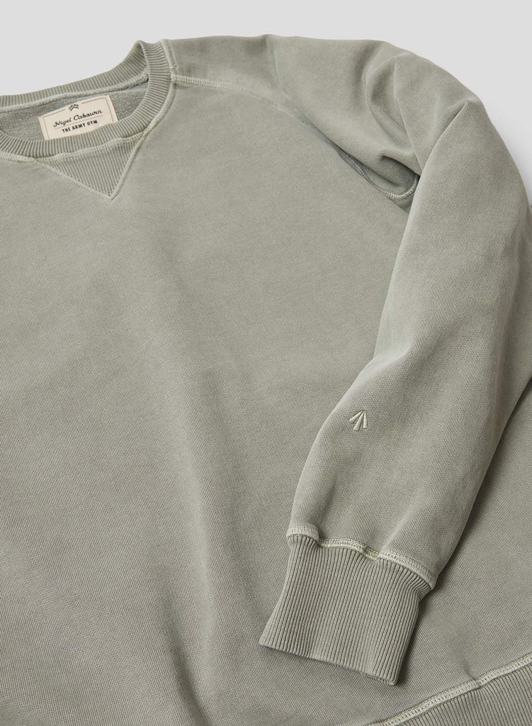 Embroidered Arrow Crew Sweatshirt in Washed Army