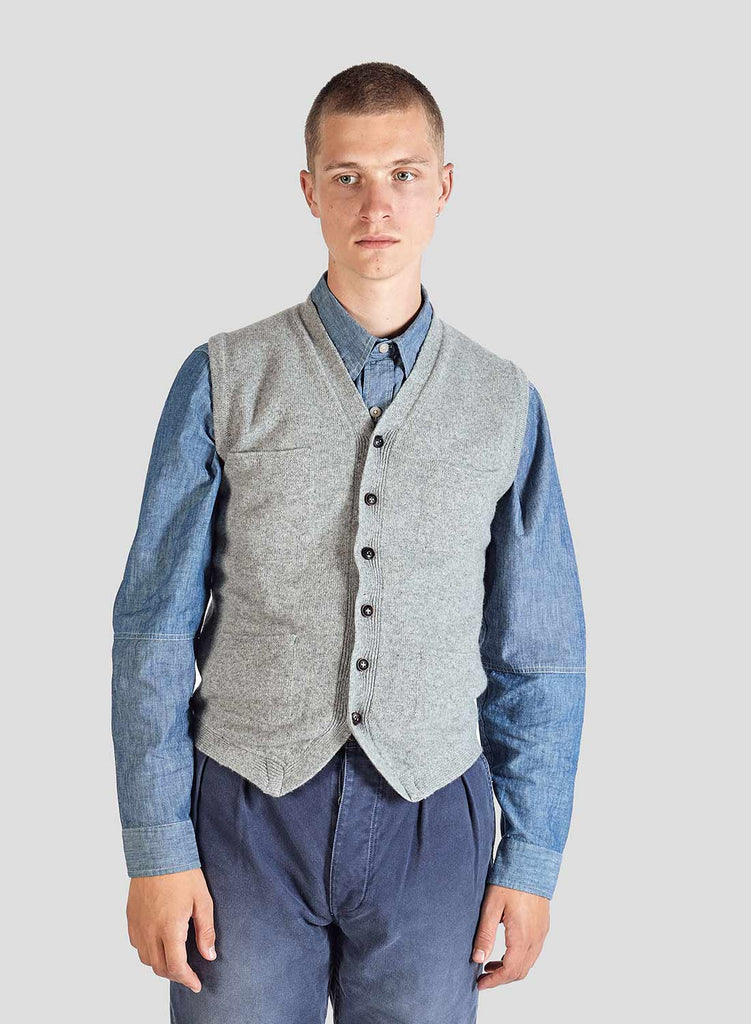 5 Pocket Knitted Vest in Light Grey
