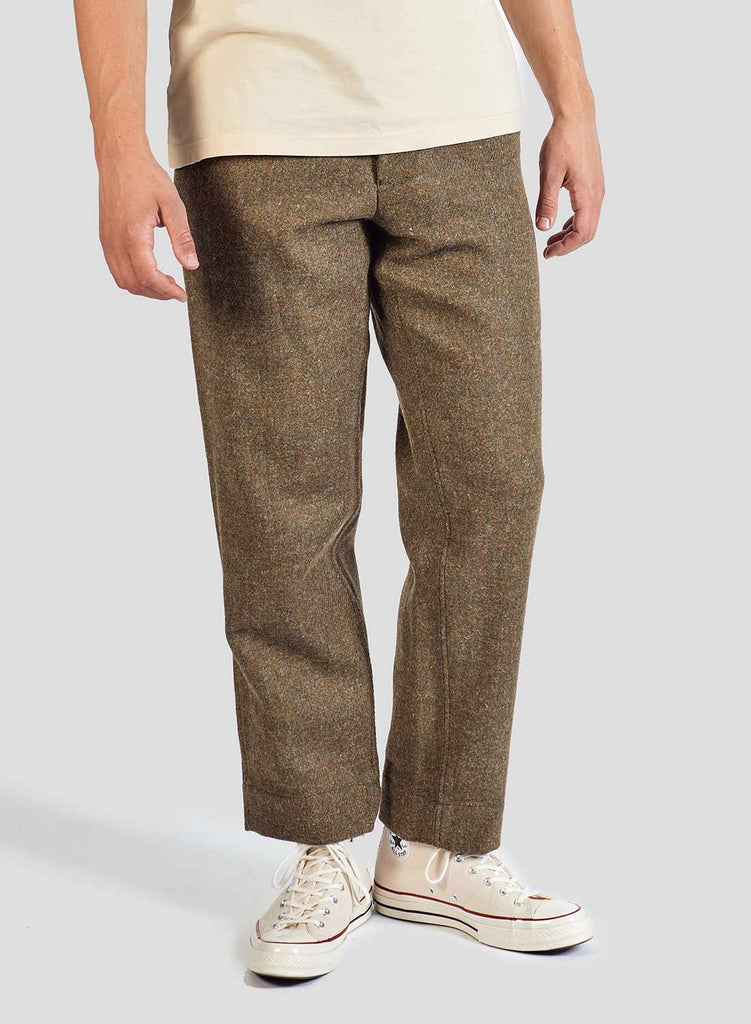 Farm Pant in Army Green