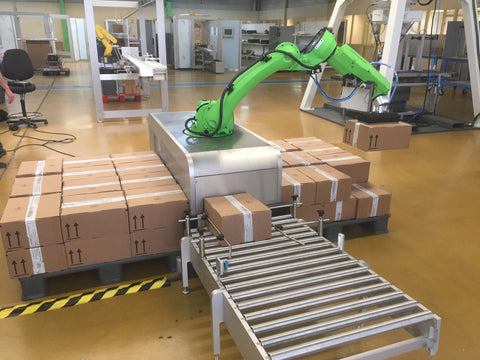 FANUC - Collaborative Robot - Unigripper - Co/Light - Colight vacuum gripper installed on a collaborative automatic palletizer Pacospharm - vacuum generator -