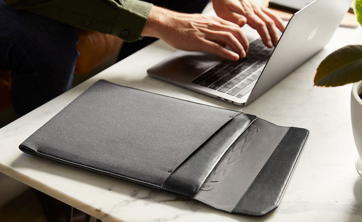 REVIEW + LAUNCH OFFER: Bellroy Woven Sleeve For MacBook