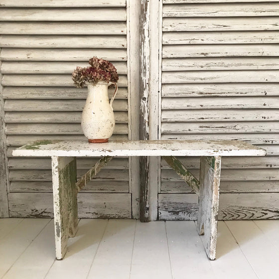 Bench shelf with original paint