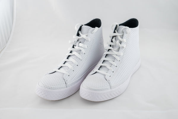 Chuck Future - White Perf Leather