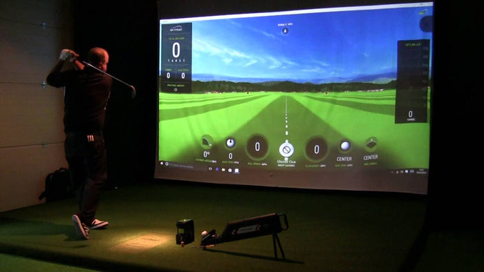 SKYTRAK LAUNCH MONITOR/GOLF SIMULATOR