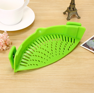Kitchen Clip-On Pot Strainer - Green