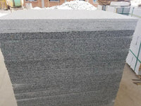 Granite Paving Slabs in Silver Grey Light Grey 600x600