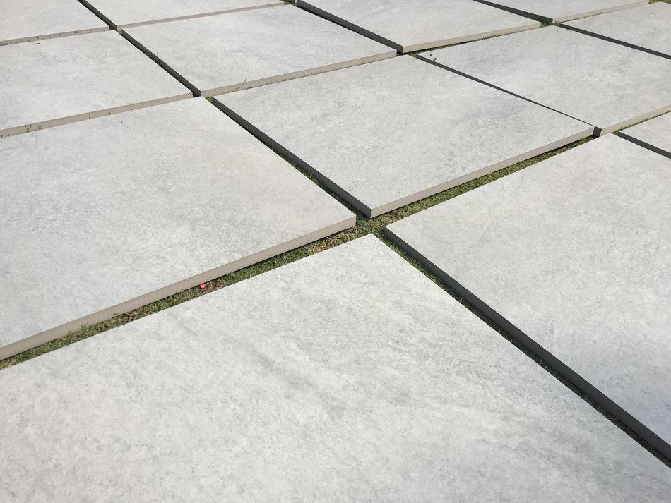 porcelain paving grey 600 x 600