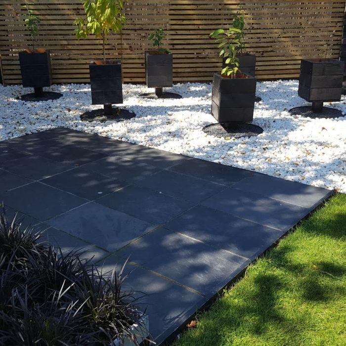 Brazilian black slate paving 800 x 400