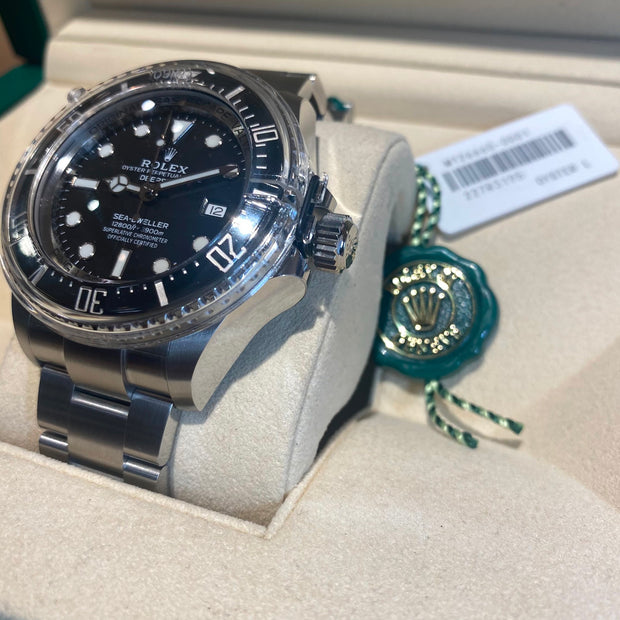 Rolex Men's Oyster Perpetual Deepsea Sea-Dweller Black Dial Watch 44mm 126660