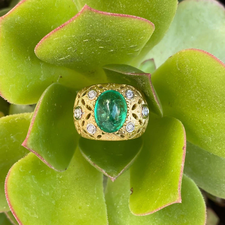 Mark Areias Jewelers Jewellery & Watches Italian Vergano Wide Emerald Cabochon and Diamond Ring Band 5.63 Carat 18K