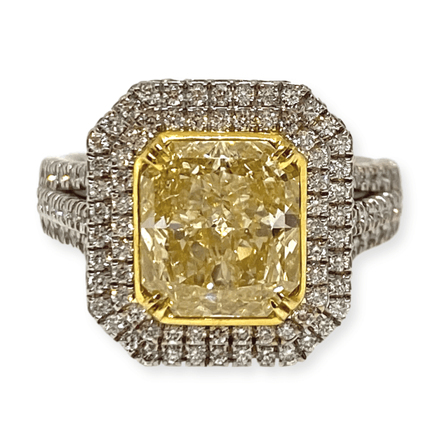Mark Areias Jewelers Jewellery & Watches Radiant Fancy Intense Yellow Diamond Engagement Halo Ring 18 Karat 2.60 CT