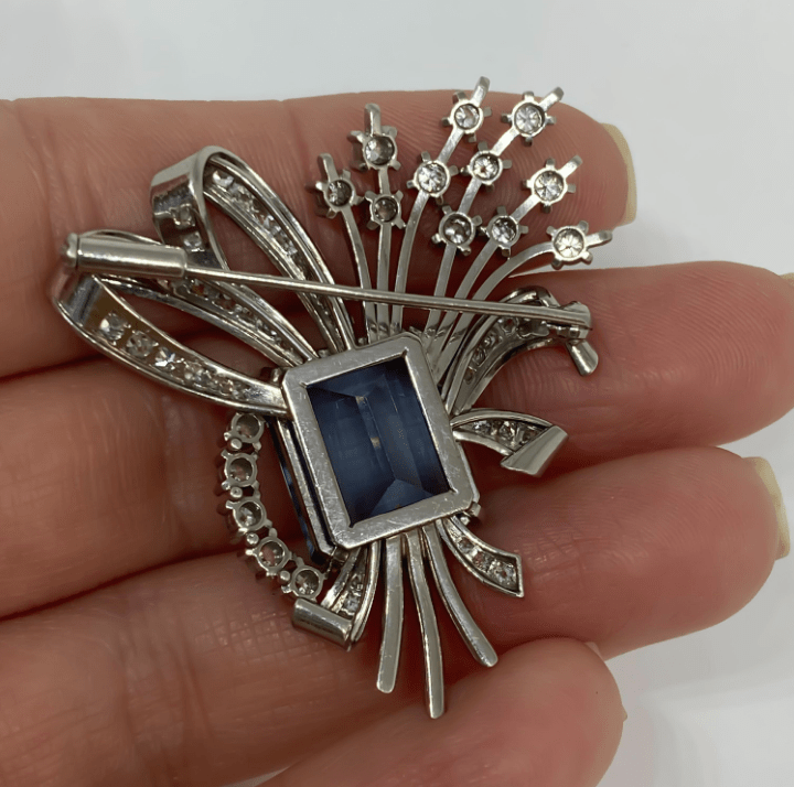 Mark Areias Jewelers Jewellery & Watches Vintage Aquamarine and Diamond Spray Brooch Platinum 14.17 Carat