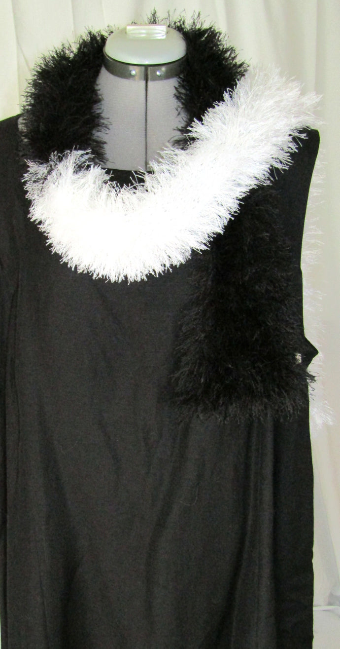 Cruelle Black white Scarf
