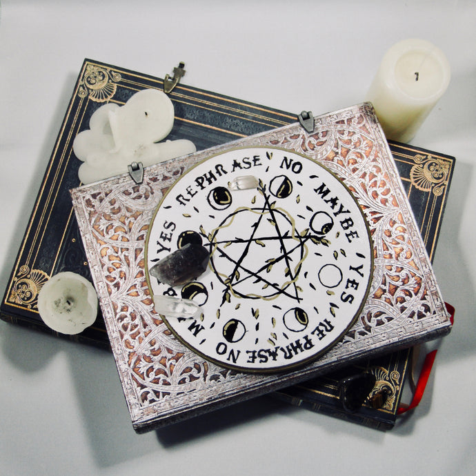 Pentacle Moon Phase Pendulum/Spirit Board
