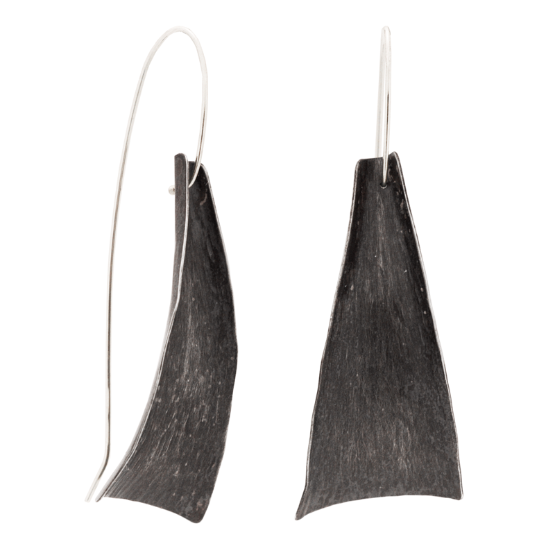 "HALF ""Freedom"" Earrings (Black Silver)"