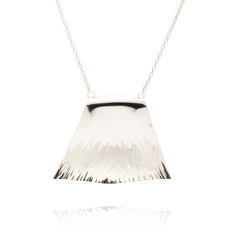 products sovaj brz crgec courage necklace