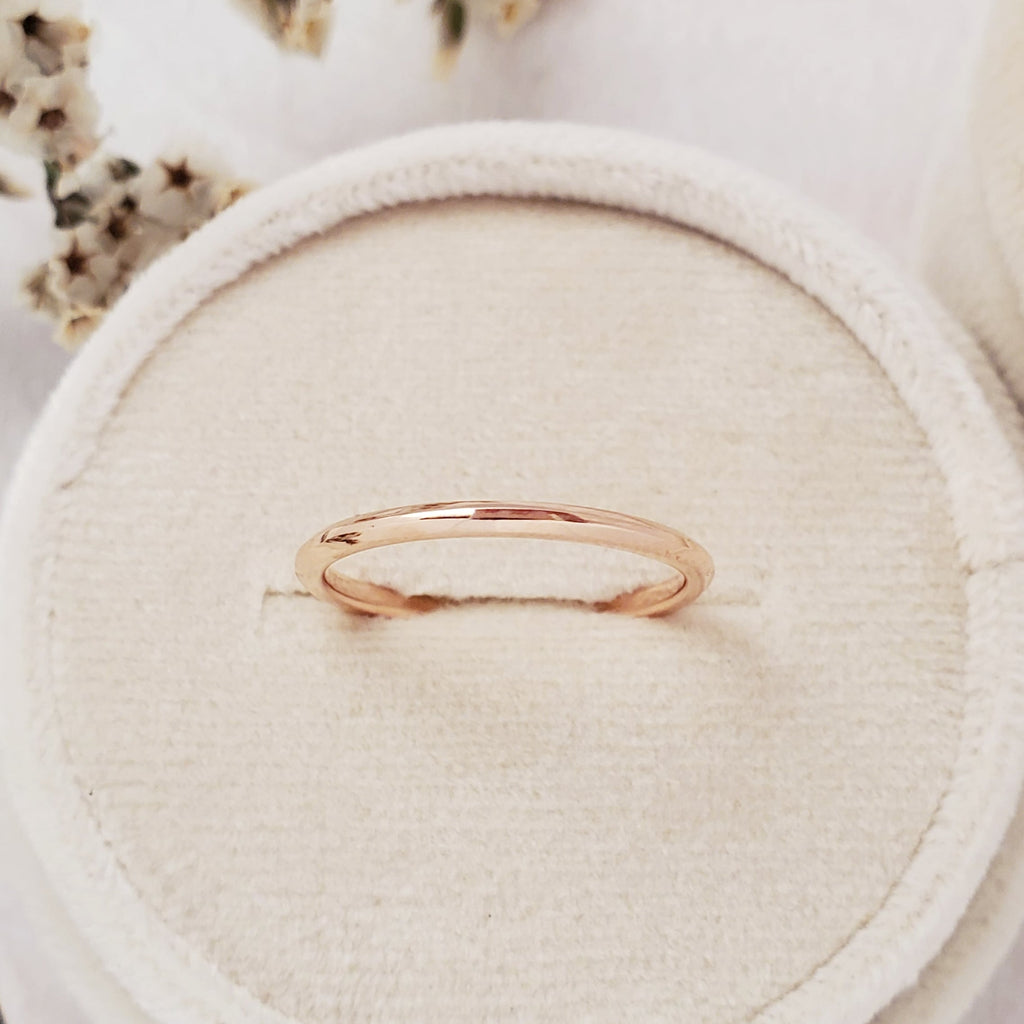 """Archway"" 1.5mm Slim Band - 14K Rose Gold - Ready-to-Ship - Size 6.0"