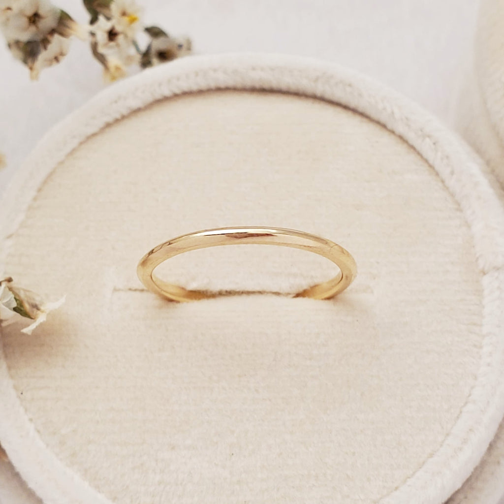 """Archway"" 1.5mm Slim Band - 14K Yellow Gold - Ready-to-Ship - Size 6.0"