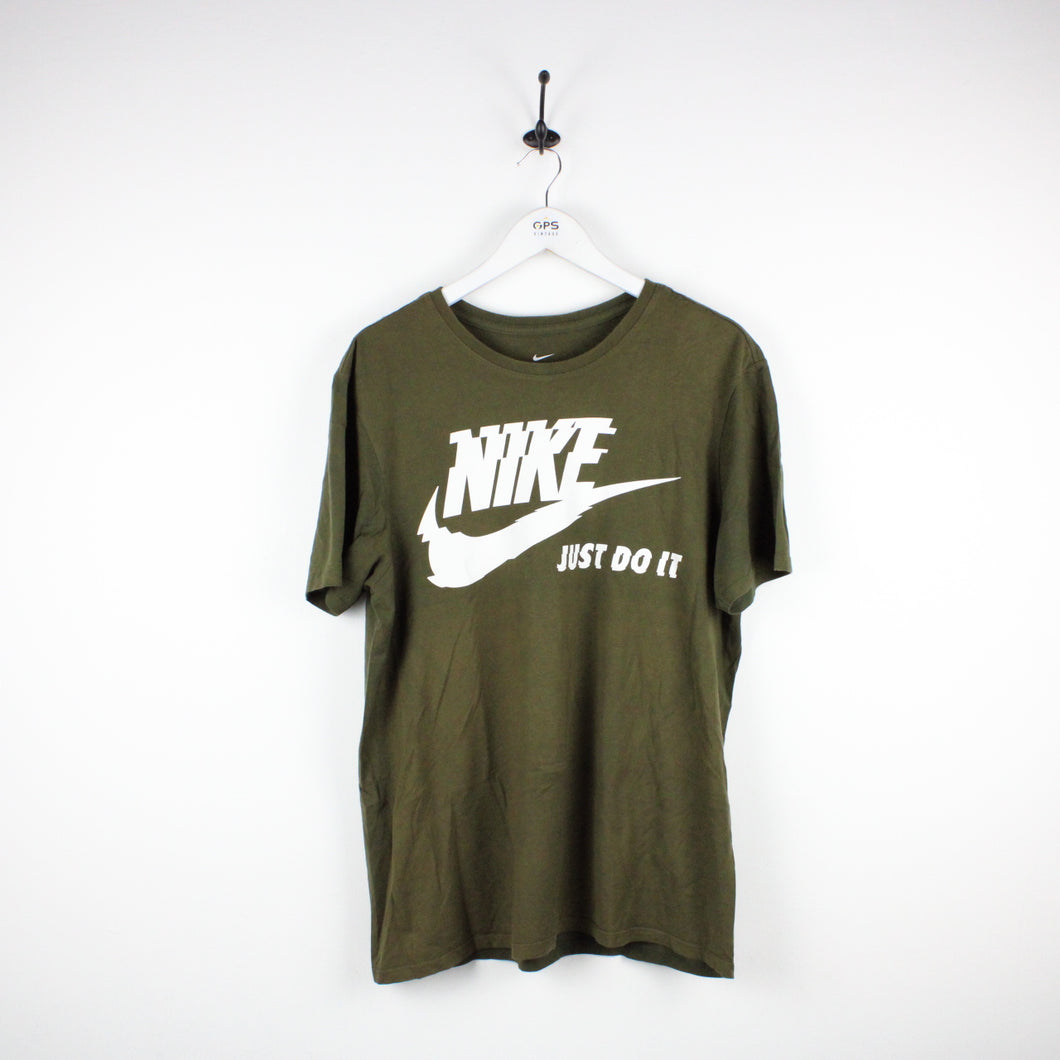 NIKE T-Shirt Green | Large