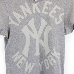MLB MAJESTIC New York YANKEES T-Shirt Grey | XS
