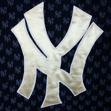 Load image into Gallery viewer, MAJESTIC New York YANKEES Hoodie Black | Medium
