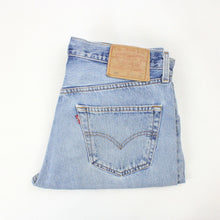 Load image into Gallery viewer, LEVIS 501 Jeans Light Blue | W34 L32