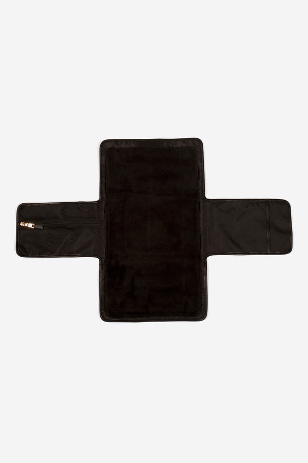 Etta Changing Clutch Black Scuba