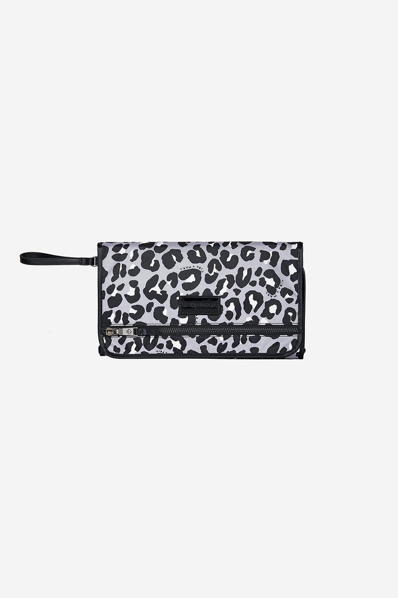 Etta Changing Clutch Grey / Black Leopard Print
