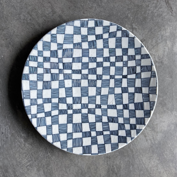 IVORY CHECKERS - Round Plate