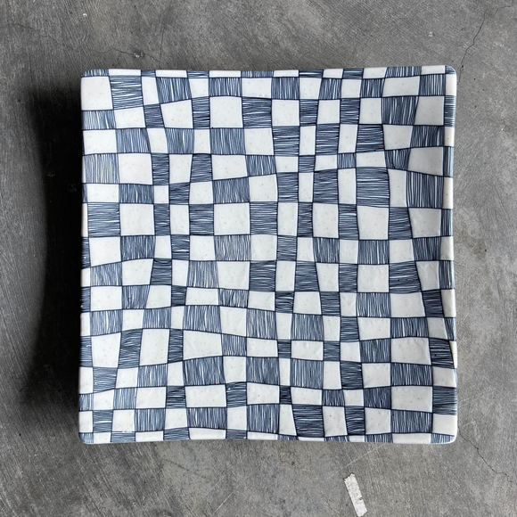 IVORY CHECKERS - Square Plate