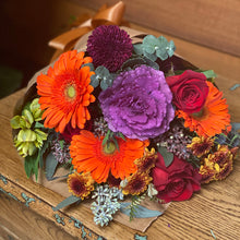 Load image into Gallery viewer, Seasonal Bouquet Arrangements