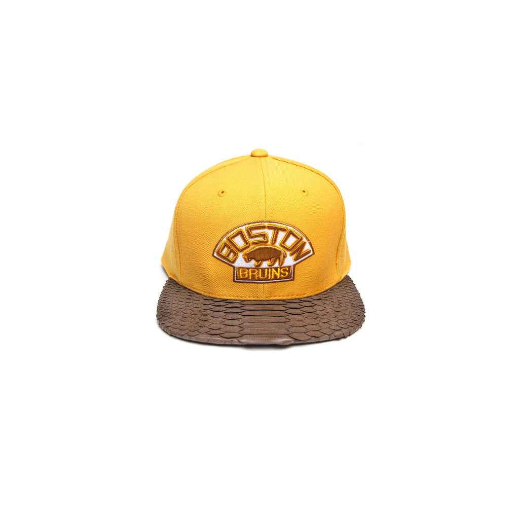 BRUINS LOGO - YELLOW