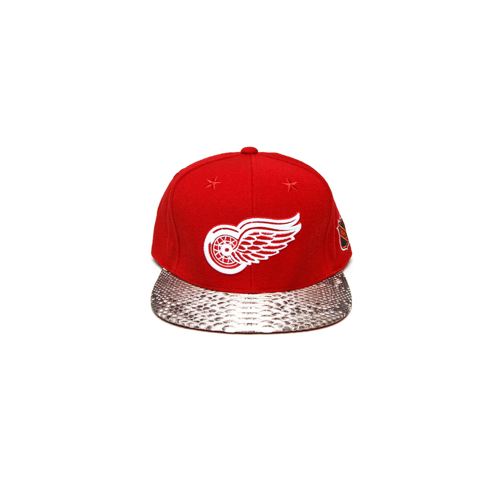 RED WINGS  LOGO - NATURAL