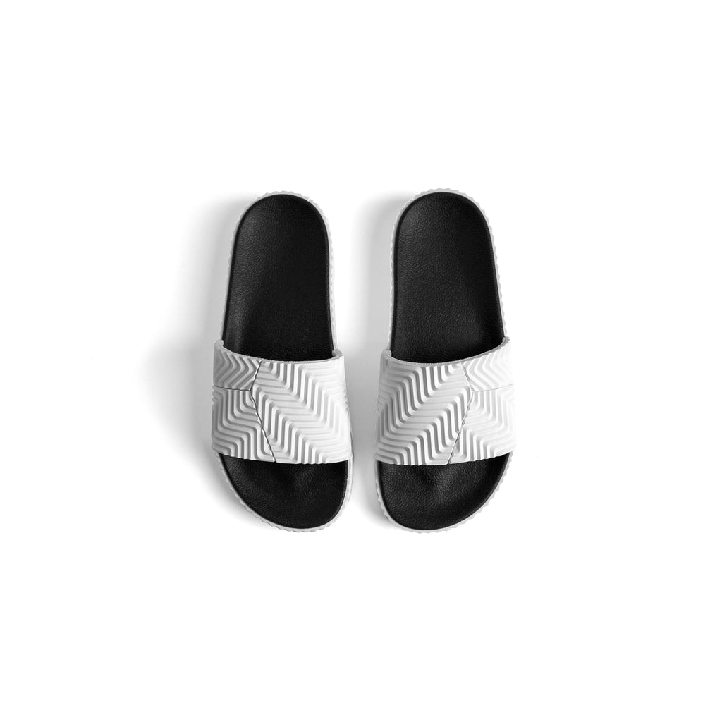 ADIDAS ORIGINALS x AW ADILETTE SLIDES - WHITE