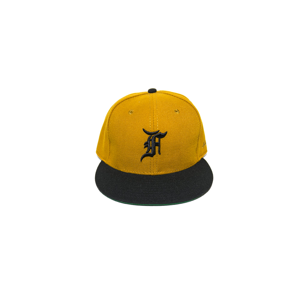 NEW ERA CAP - GOLD