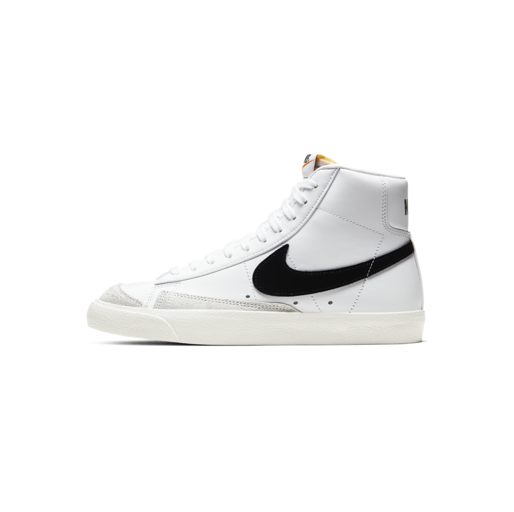 NIKE WOMEN'S BLAZER MID '77 - WHITE / BLACK-SAIL