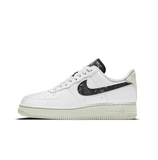 WOMEN'S NIKE AIR FORCE 1 '07 SE - WHITE/WHITE-LIGHT BONE-BLACK
