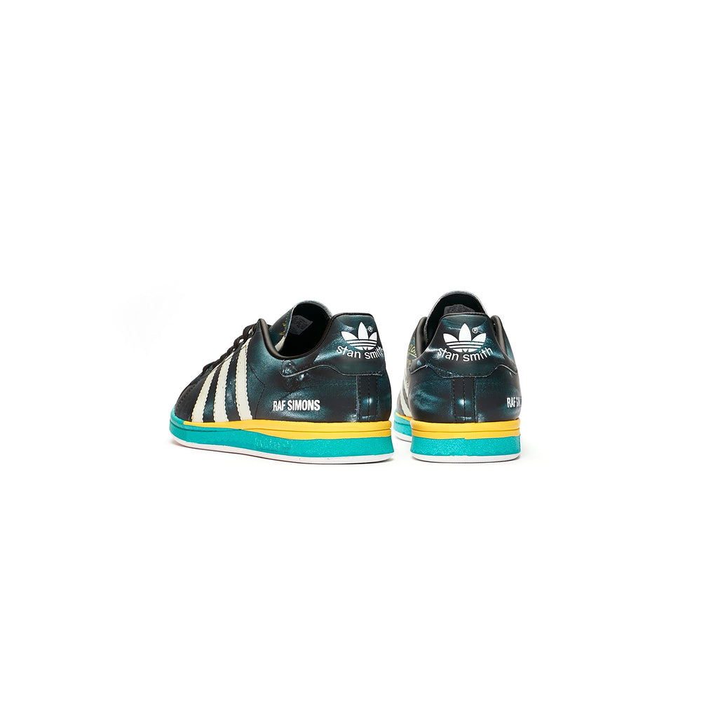 RS SAMBA STAN SHOES - CORE BLACK / CLOUD WHITE / BRIGHT BLUE