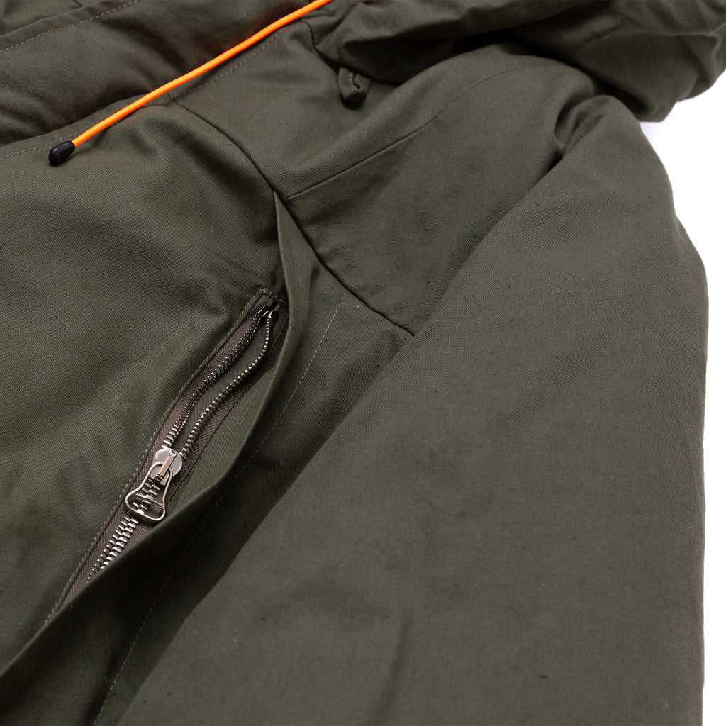 MOUNTAIN DOWN PARKA - GREEN