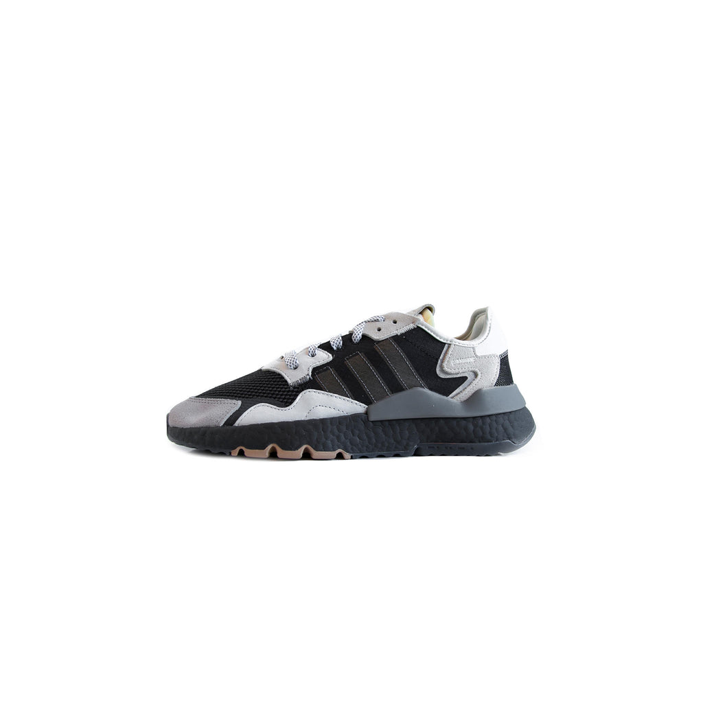 ADIDAS NITE JOGGER - CORE BLACK / CARBON / CLOUD WHITE