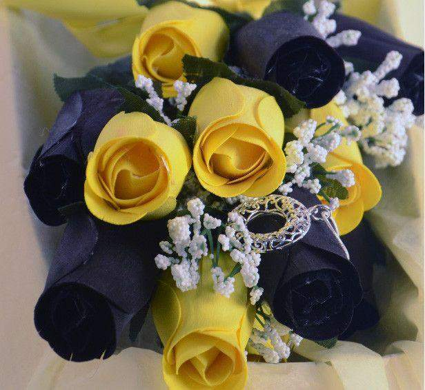 Bumble Bee Dozen Ring Roses - Choose Your Own Ring Size With Every Dozen!-Ring Roses-The Official Website of Jewelry Candles - Find Jewelry In Candles!