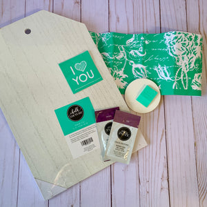 Chalkin Chic Wood Valentine's Tag Project Kit
