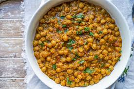 stewed chickpea curry with vegetables (1 litre)