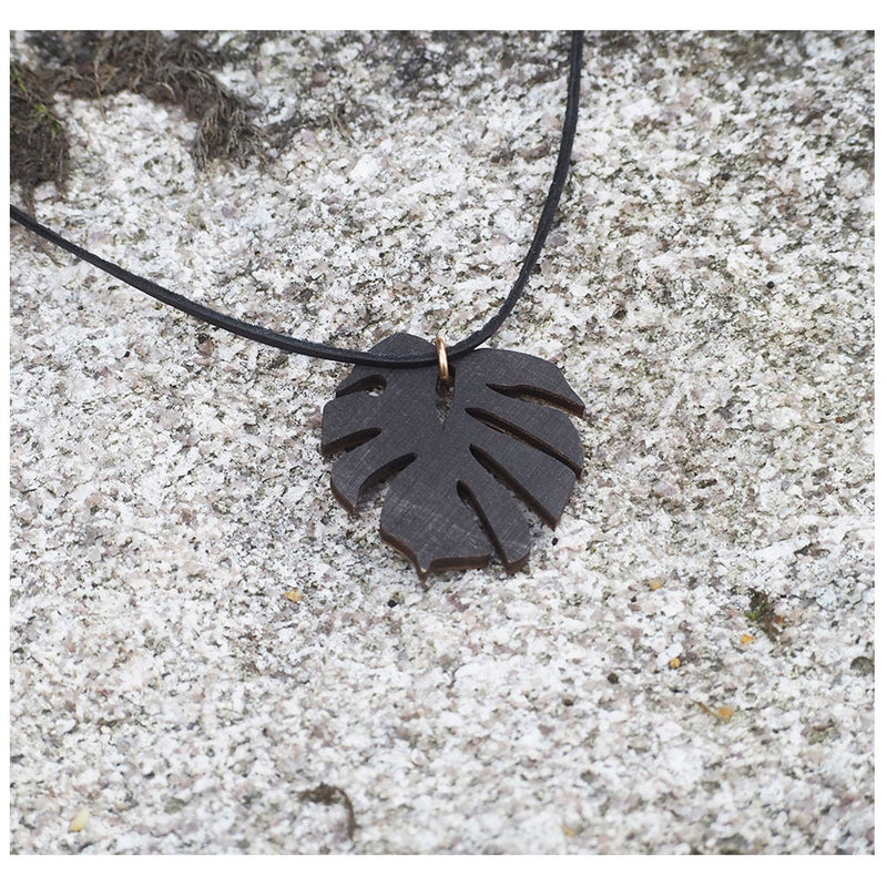Wooden monstera necklace