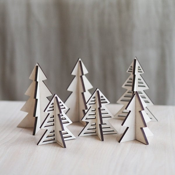 Wooden christmas trees (6 pieces)