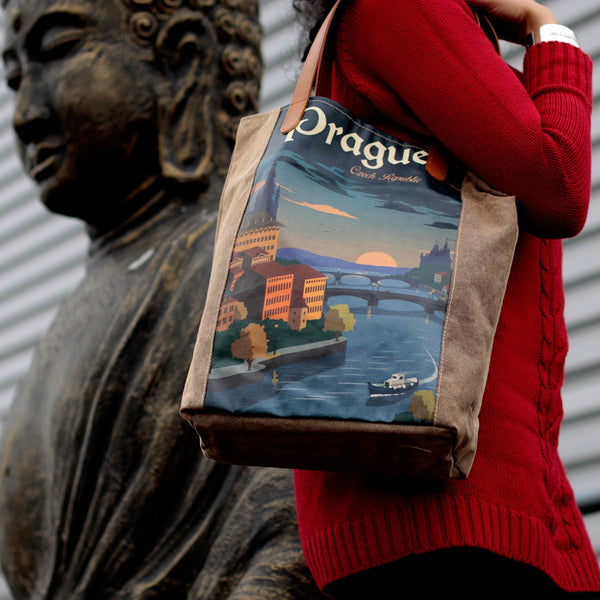 Prague Vintage Travel Bag - Gift2U.co.uk - Unique gifts online to You