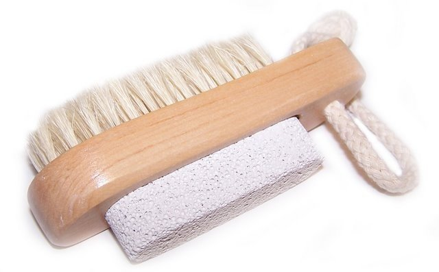 Scrub & Scrape - Brush & Stone - Gift2U.co.uk - Unique gifts online to You