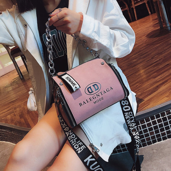 Scrub Leather Messenger Bag 2019 New Fashion Women Handbags Letter Wide Strap Chains Design Bucket Shoulder Bag Bolsa Feminina